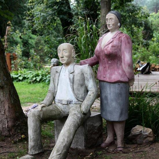 landhaus labes beton skulpturen